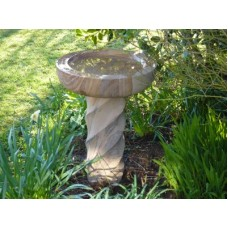 BIRD BATH WITH SPIRAL COLUMN